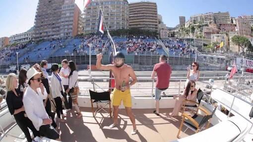 Suivez depuis un yacht les essais libres du jeudi-550 € par pers. 4